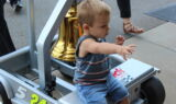 Kahne makes Victory Bell celebration a family affair
