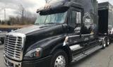 No. 48 hauler back in black
