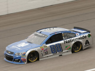 10-year-old Patient Champion to adorn Bowman's No. 88 Chevy