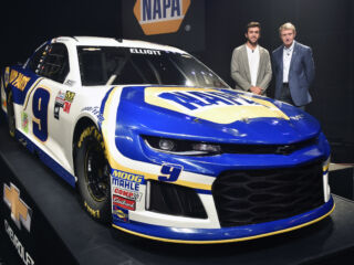 Elliott fired up to drive No. 9 NAPA AUTO PARTS Camaro in 2018: 'The car looks really good'