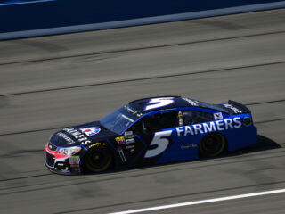 Kahne to lead teammates to Fontana green flag
