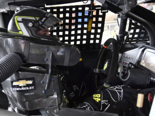 Johnson takes home top-10 at Dover