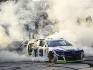 Relive the thrilling sprint to the finish in overtime at Dover
