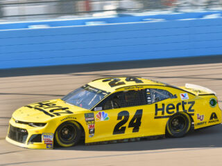 Byron leads teammates at Phoenix&#x3B; Elliott's playoff run comes to a close