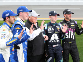 Hendrick Motorsports keeps Speedweeks streaks alive on 'pretty awesome day'