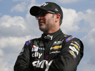 Johnson leads Hendrick Motorsports in Pocono qualifying