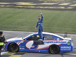 Larson: Winning at Kansas was 'extra special' for Hendrick, organization