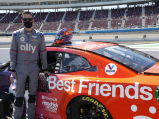 Bowman's 2021 success aiding Best Friends to 'Save Them All'
