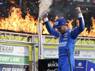 Championship 4 bound: Look as Larson celebrates epic Texas win
