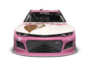 Elliott to pilot pink Hooters Chevy in support of Breast Cancer Awareness Month