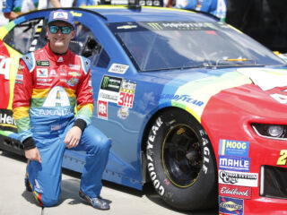 Byron's rainbow No. 24 Chevy wins 'Best in Show' at Darlington