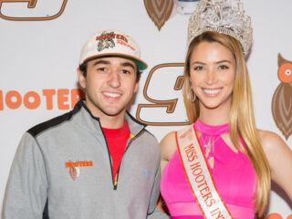 Elliott to judge Hooters International Pageant&#x3B; open to public