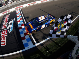 Relive the thrilling final lap of Hendrick Motorsports' 250th win