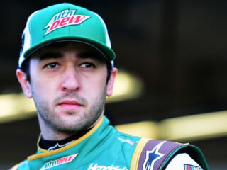Elliott to pilot brand-new Dew ride for The Clash