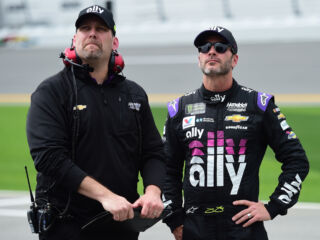 Johnson, Meendering look to keep up momentum in Daytona 500