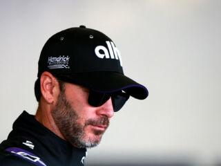 Hendrick Motorsports heads to Phoenix