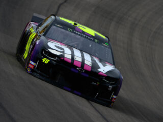 Three teammates qualify inside top 12 at Las Vegas