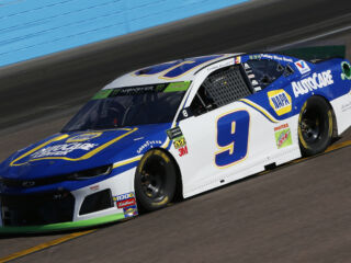 Elliott leads Hendrick Motorsports in qualifying at Phoenix