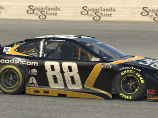 Race Rundown: Bowman rallies for first iRacing victory