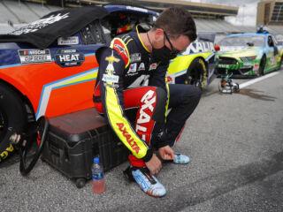 Johnson, Bowman discuss how tough Atlanta Motor Speedway can be