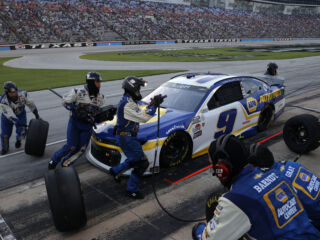 No. 9 team thrilled with pit crew challenge win: 'We want to be the best'