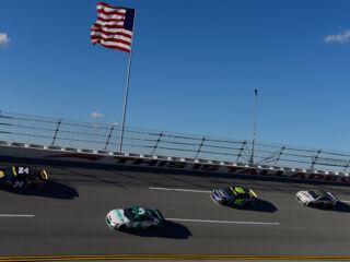 NASCAR announces stage lengths for each race of 2017 season