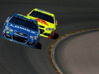 Race Recap: Johnson leads teammates at Phoenix