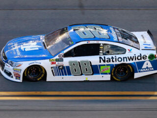 Earnhardt leads teammates in Stage 1 at Daytona