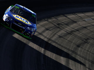 Race Recap: Elliott, Johnson advance at Kansas