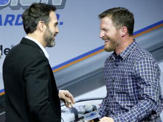Johnson accepts Earnhardt's challenge to #CrackCancer