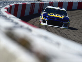 Elliott earns front-row starting position at Richmond
