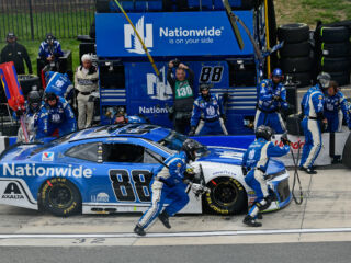 Bowman, No. 88 team show fight at the 'Monster Mile'