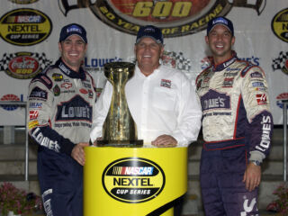 Hendrick History: Johnson wins four in a row at Charlotte