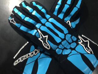 Earnhardt's race-worn gloves to be auctioned off for great cause