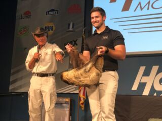 Nationwide brings Jack Hanna – and his friends – to No. 88 team luncheon as special guest