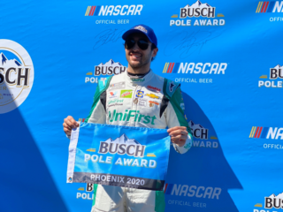 Elliott secures pole position at Phoenix Raceway