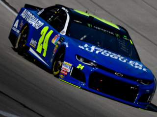 Byron leads teammates in Texas qualifying
