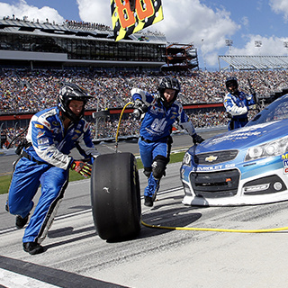 No. 88 Chevrolet SS Pit Crew