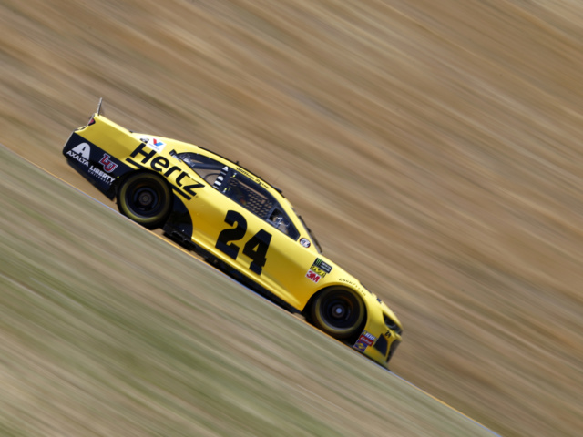 Byron qualifies on front row at Sonoma