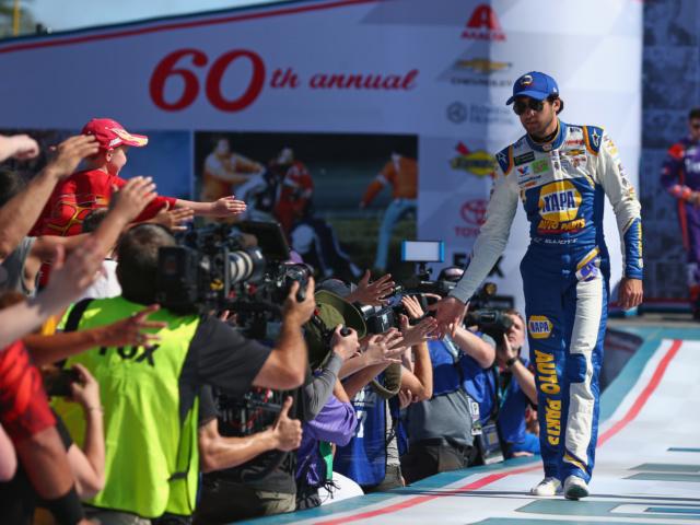 Incident knocks Elliott out of Daytona 500
