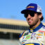 Elliott keeps top-10 streak alive at Atlanta
